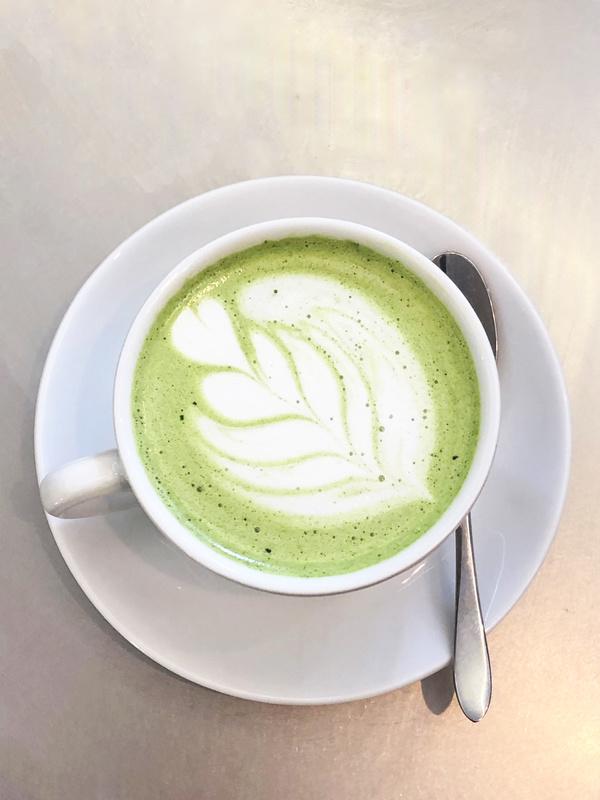 Le White Matcha Latte de Café Kitsuné