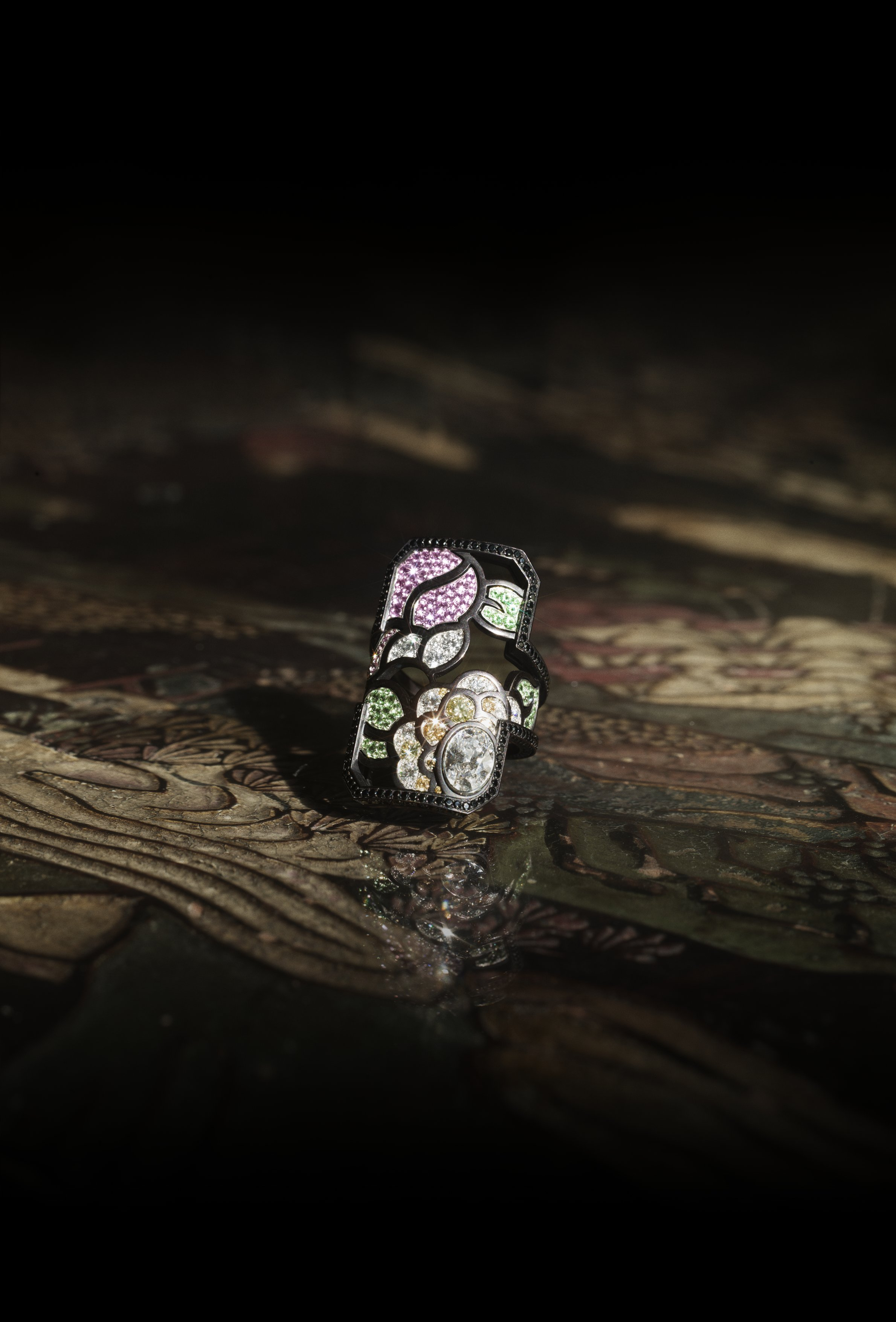 "Chanel Coromandel - ""Calligraphie florale"""