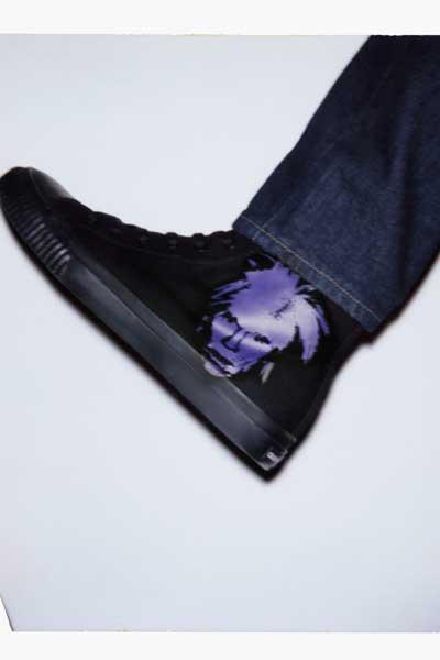 """Baskets montantes de la collection capsule Calvin Klein Jeans x Andy Warhol Foundation, """"Self Portaits""""."""