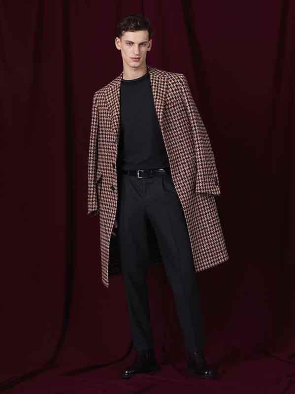 L'historique marque de menswear de luxe Canali revient à Florence pour présenter sa nouvelle collection automne-hiver 2019-2020.