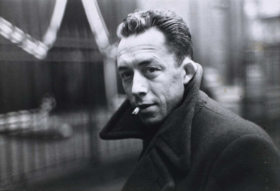 """Albert camus, Paris, France, 1944"" de Henri Cartier-Bresson [€5,000-7,000] (c) Magnum photos."