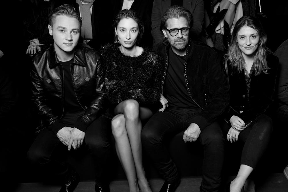 Ben Hardy, Alexandra Agoston, Chris Colls et Lola Bessis.