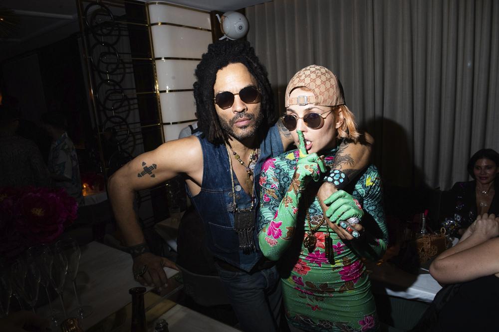 Lenny Kravitz et Noomi Rapace