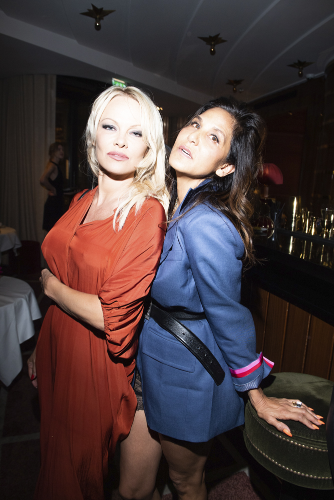 Pamela Anderson et Laurie Lynn Stark