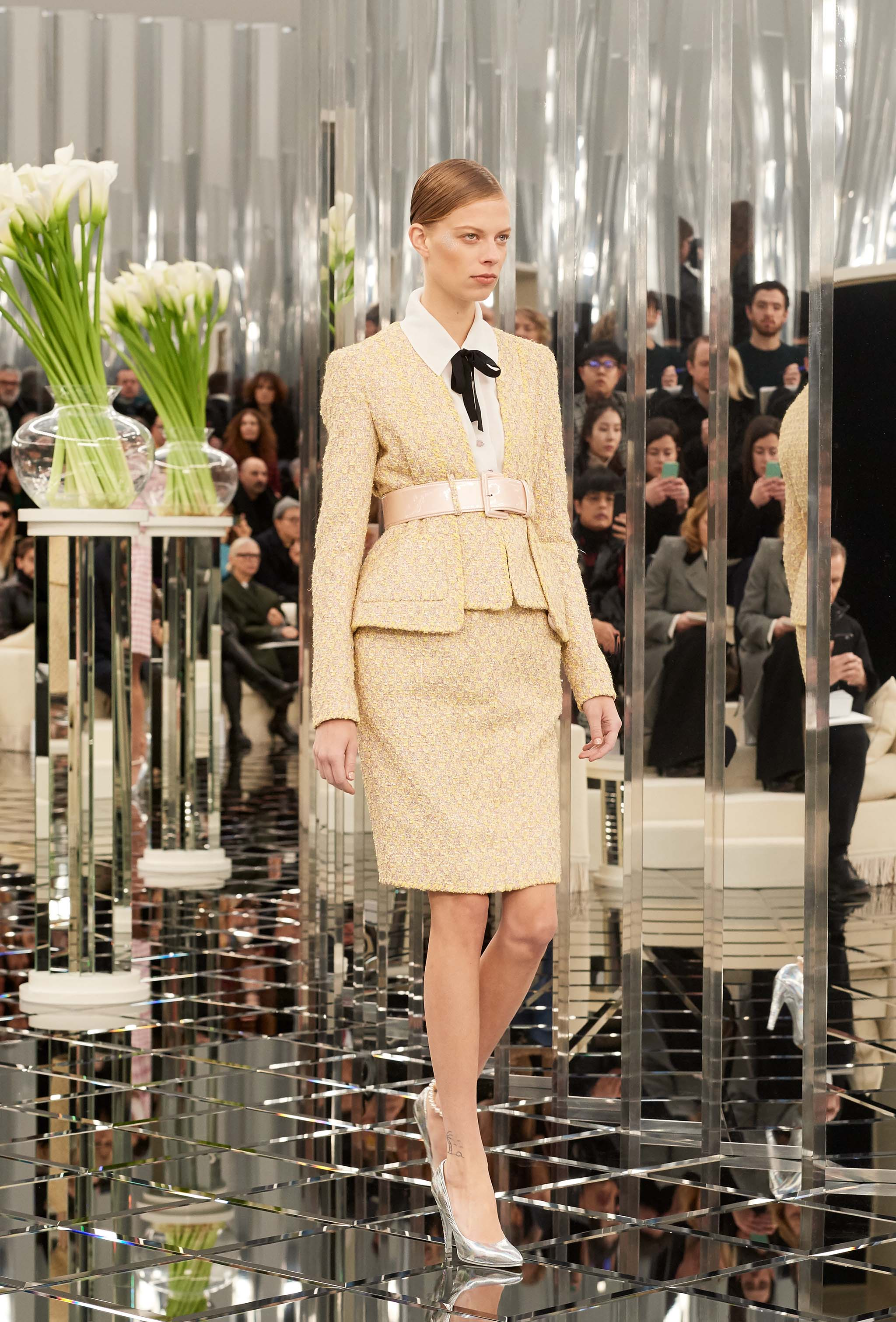 Chanel Haute Couture Spring-Summer 2017 runway show 4ed4c52a048b