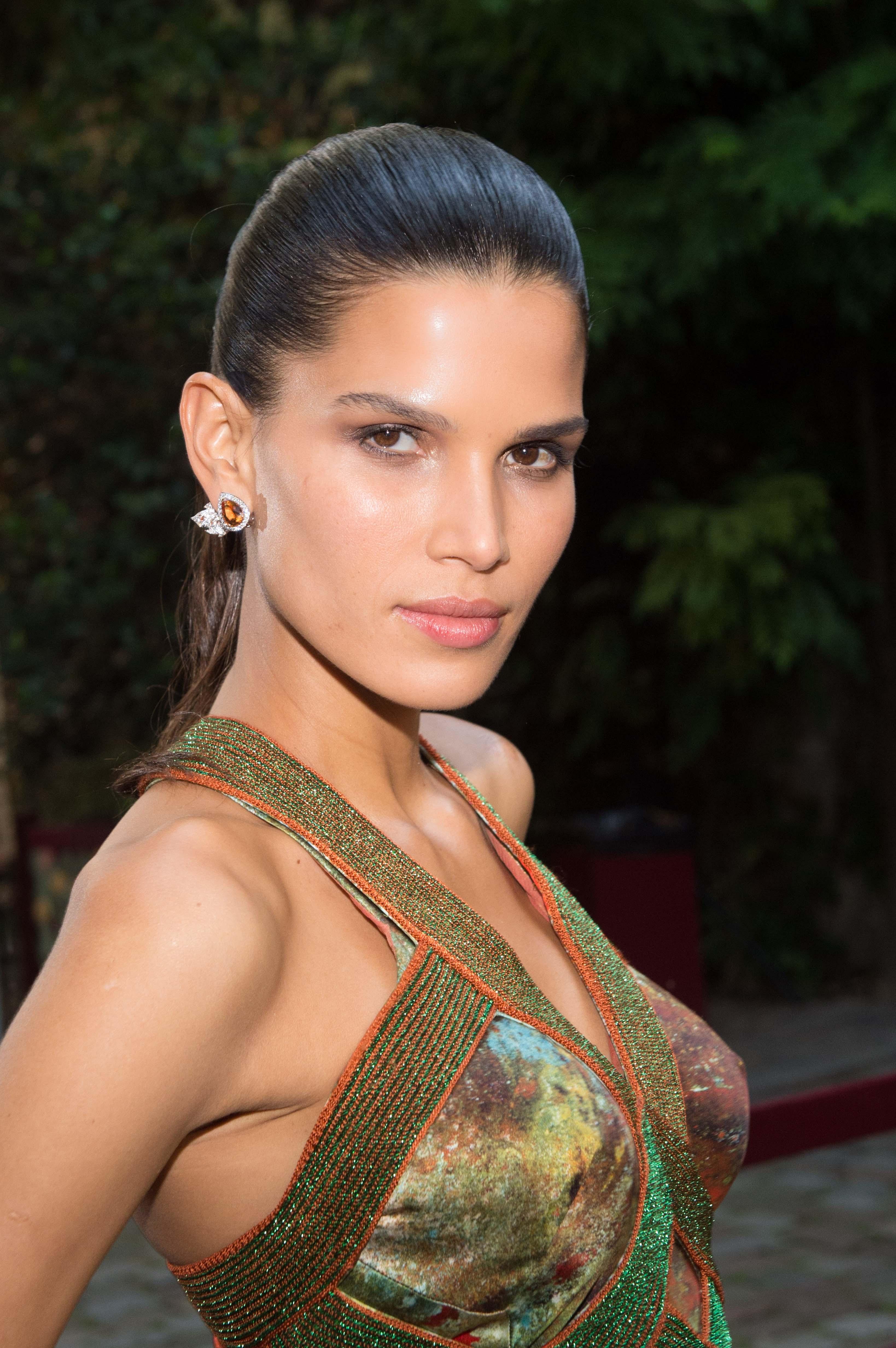Raica Oliveira