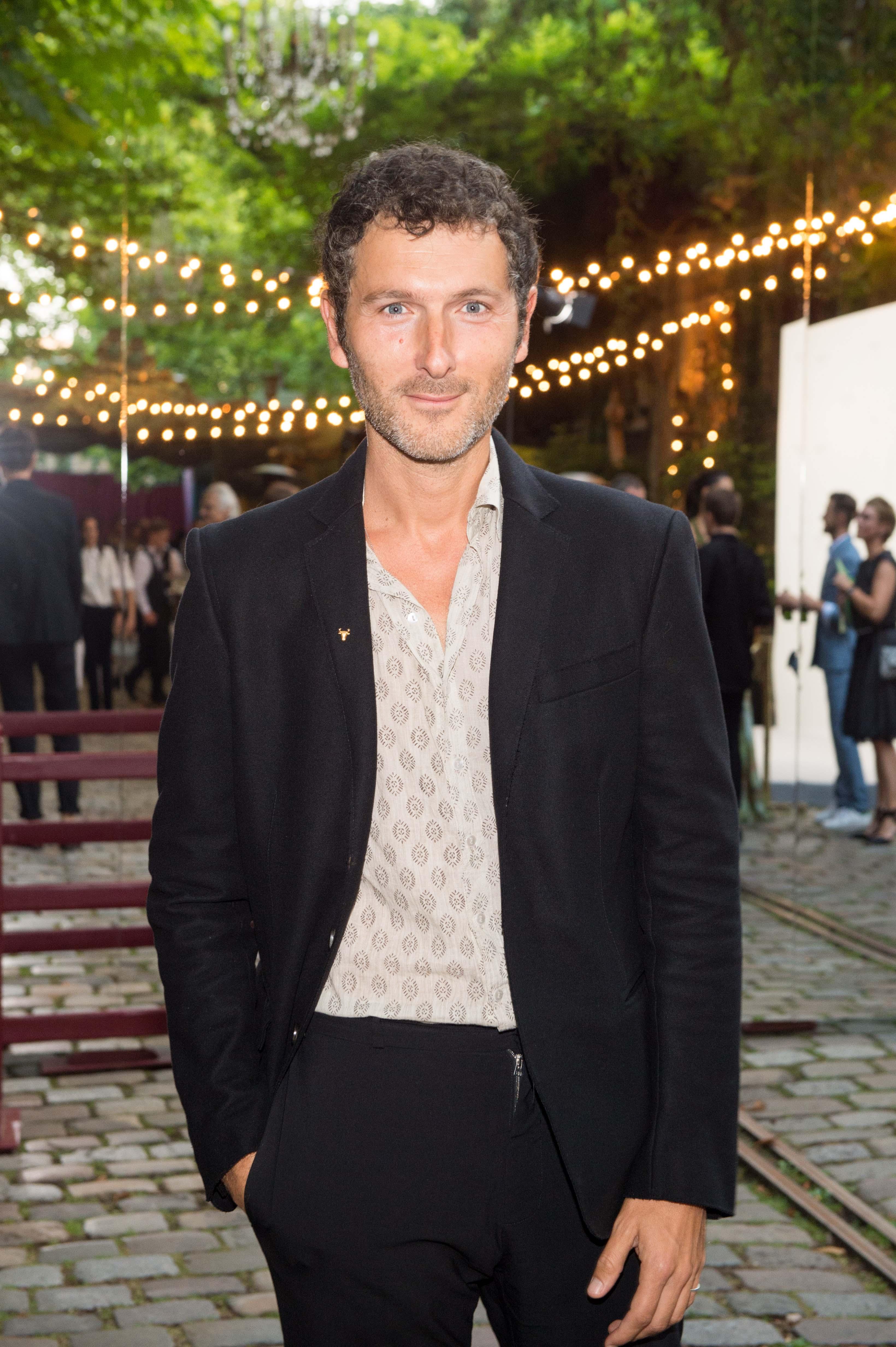 Simon Buret (Aaron)