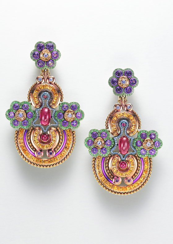 Earrings in 18ct yellow gold and titanium set with Spessartine garnets (7.4cts), amethysts (3cts), rubellites, garnets, tsavorites and colored sapphires.
