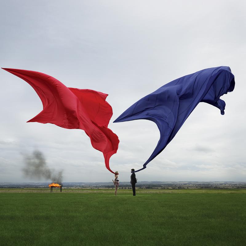 Biffy, Only Revolutions Pochette d'album, design : StormStudios, 2009.