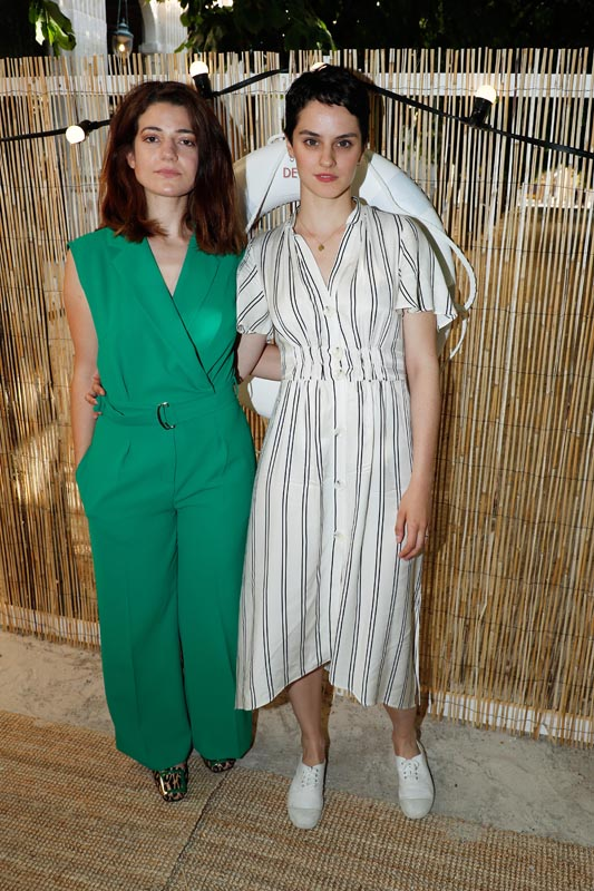 Esther Garrel et Noemie Merlant