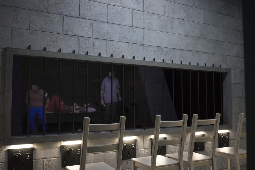 Nous vivons tous à l'étroit dans une chambre immense, 2019, Théâtre Nouvelle Génération - Centre Dramatique National