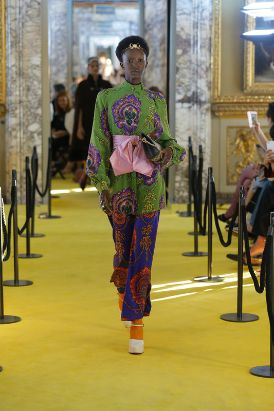 181c33ac103 Cruise 2018   Gucci s creative extravagance at the Palazzo Pitti
