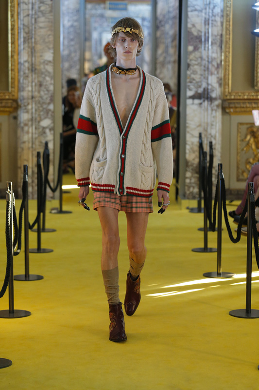 8ba9d987261 Gucci Cruise 2018 collection