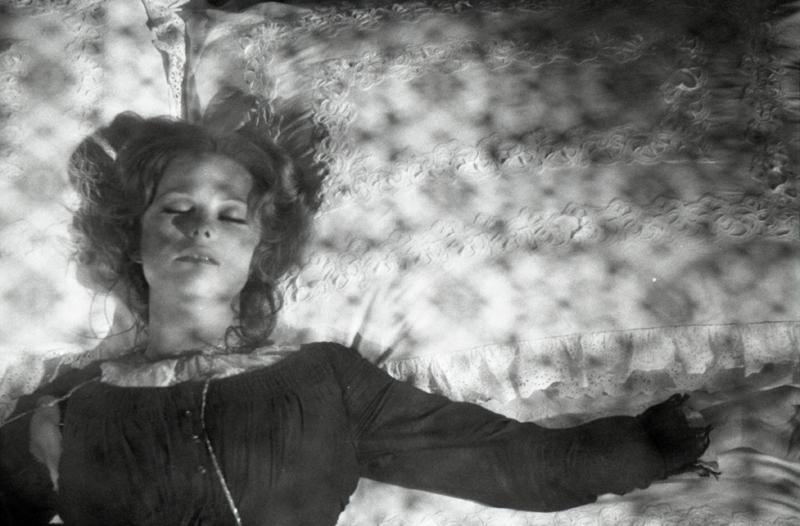 Claudia Cardinale dans Il était une fois dans l'Ouest de Sergio Leone, 1968 © Fondazione Cineteca di Bologna / Fondo Angelo Novi