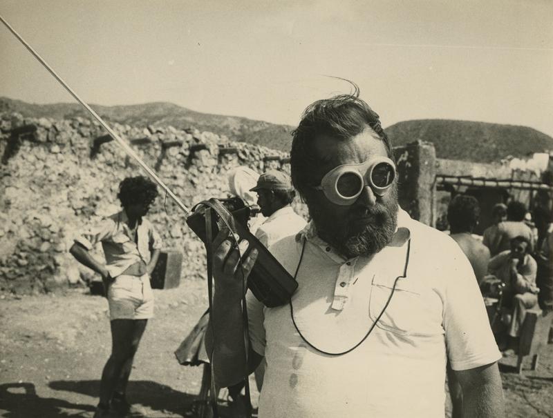 Sergio Leone sur le tournage d'Il était une fois la révolution de Sergio Leone, 1971 © Fondazione Cineteca di Bologna / Fondo Angelo Novi