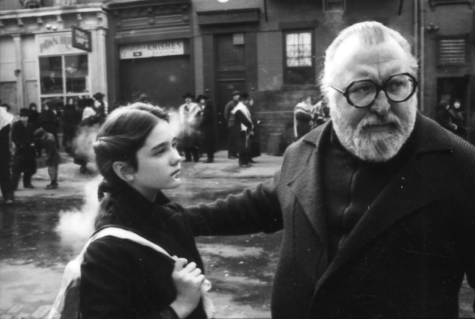 Jennifer Connelly et Sergio Leone sur le tournage de Il était une fois en Amérique, 1984 © Fondazione Cineteca di Bologna