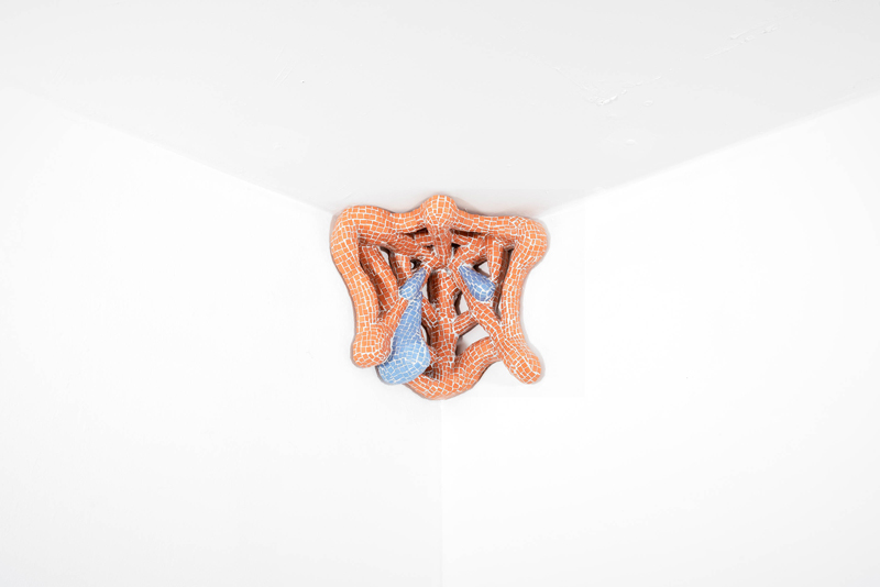 "Zsófia Keresztes, ""Easy targets, heavy bites II"" (2020). Photo: Philip Hinge/ Dávid Biró. Courtesy of the artist and Elijah Wheat Showroom"
