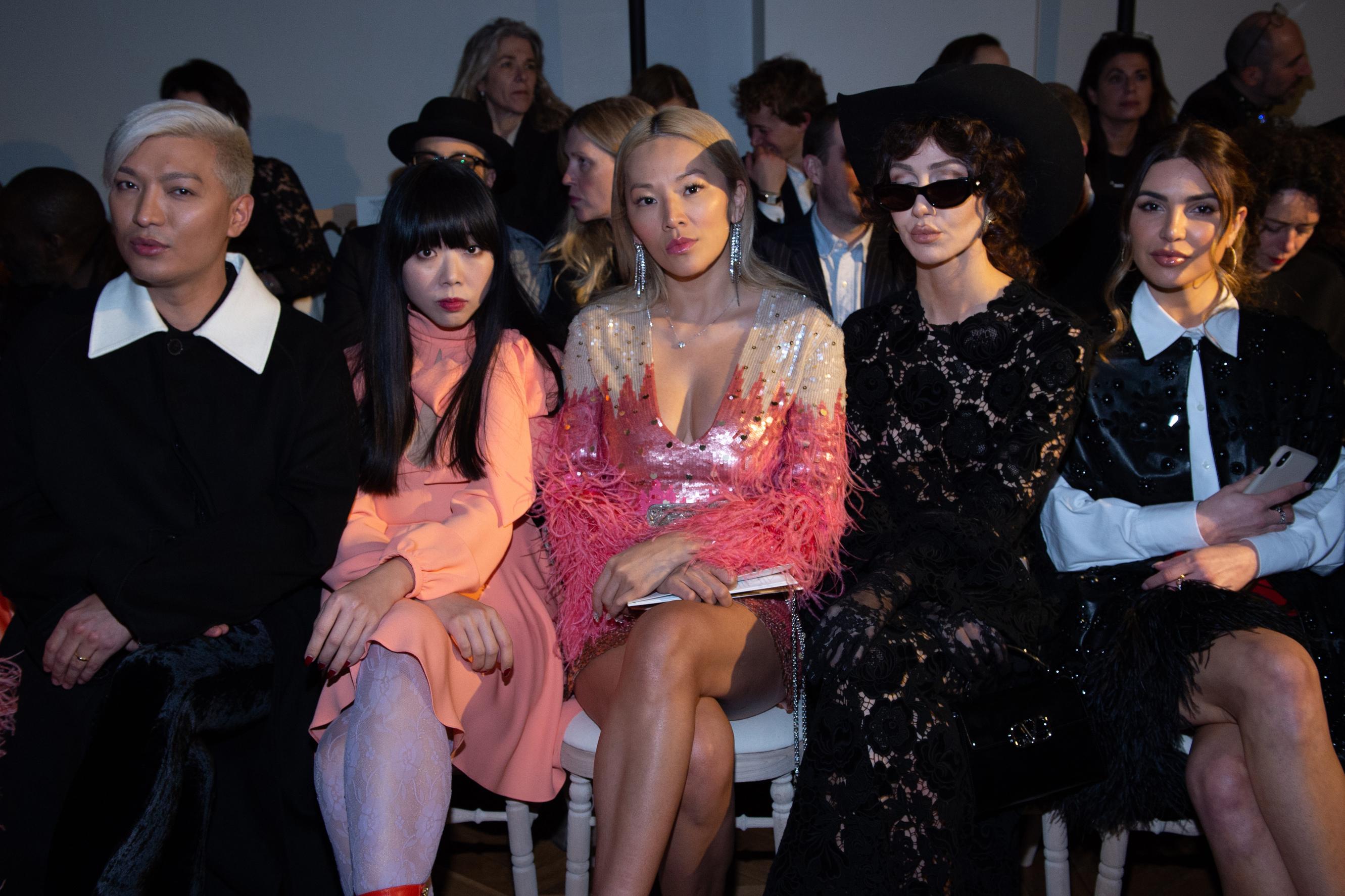 Bryan Yambao, Susie Lau, Tina Leung, Nadia Lee Cohen et Negin Mirsalehi