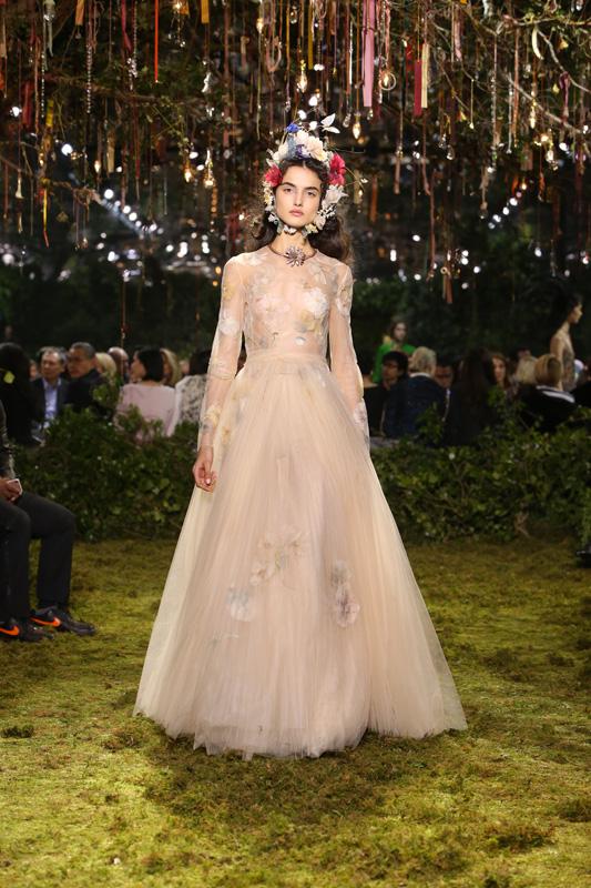 Dior Couture par Maria Grazia Chiuri printemps-été 2017