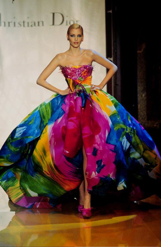 Dior haute couture par Gianfranco Ferré printemps-été 1995