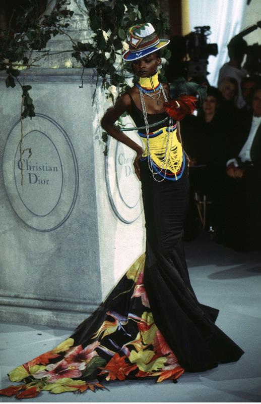 Dior haute couture par John Galliano printemps-été 1997
