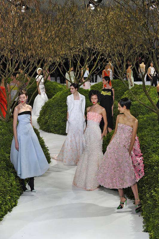 Dior haute couture par Raf Simons printemps-été 2013