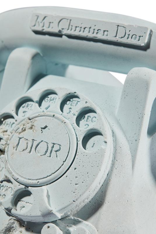 Le téléphone Dior par Daniel Arsham