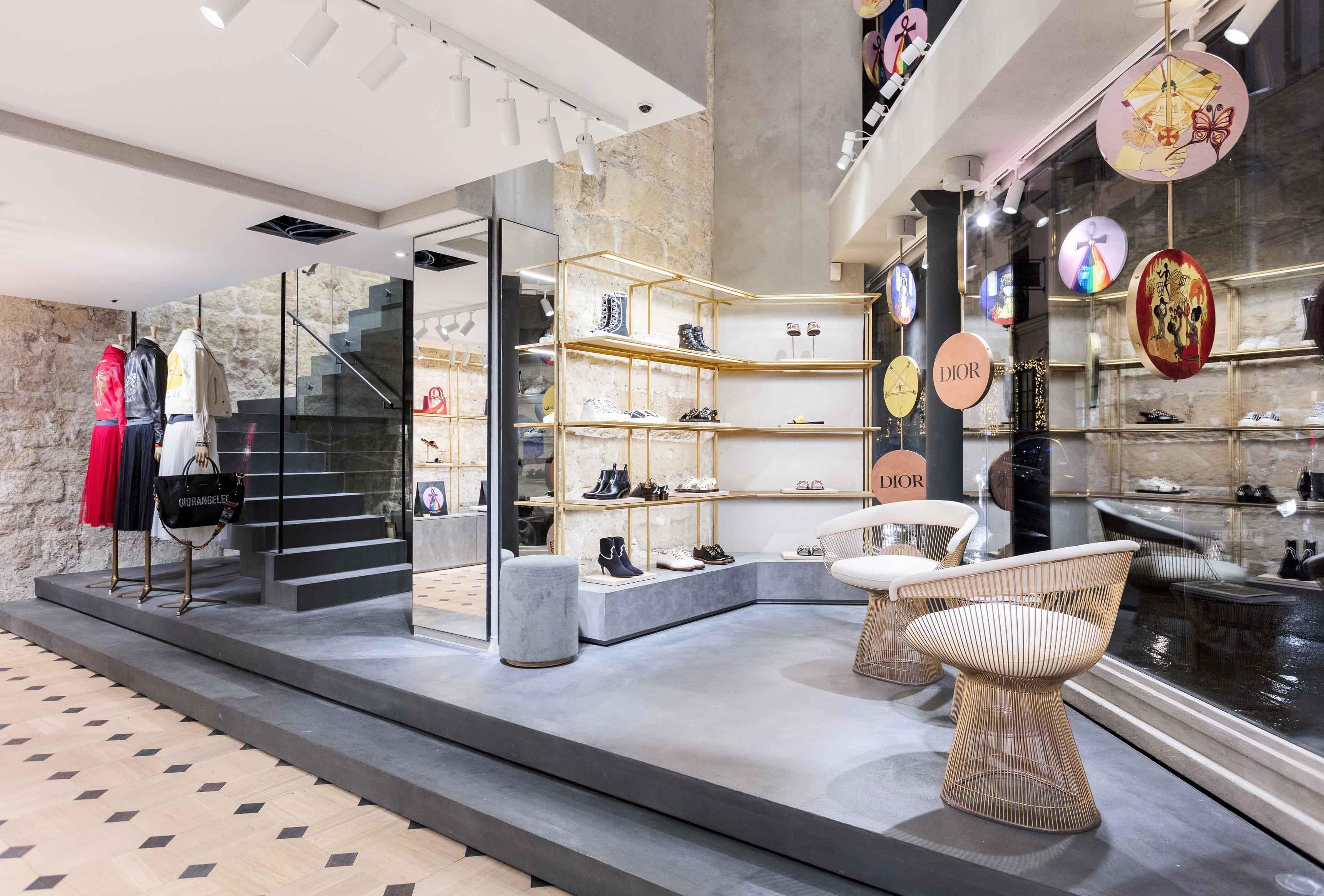 Pop-up store Dior, rue Saint-Honoré © Raphaël Dautigny