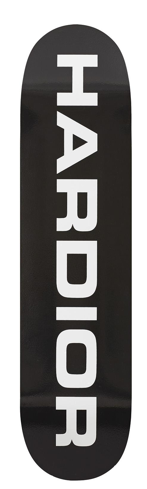 Set de trois skateboards Dior Homme disponible dès juillet août 2017