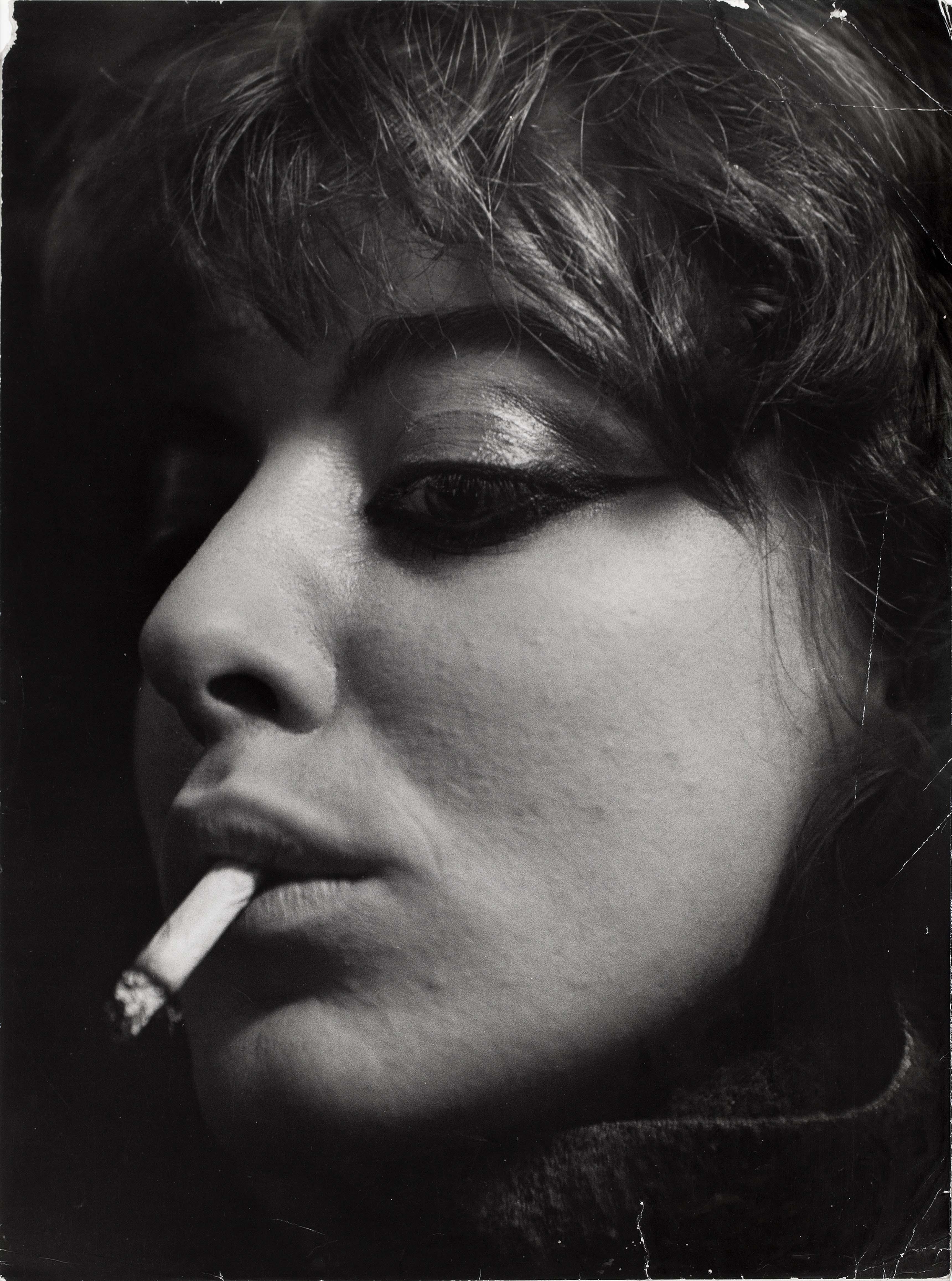Ed van der Elsken, Vali Myers (Ann), Paris, 1953. Nederlands Fotomuseum Rotterdam © Ed van der Elsken / Collection Stedelijk Museum Amsterdam