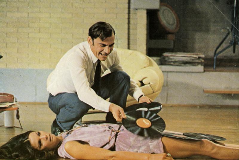 Films dans lesquels Ennio Morricone a réalisé la bande originale : Enquête sur un citoyen au-dessus de tout soupçon de Elio Petri, 1969.