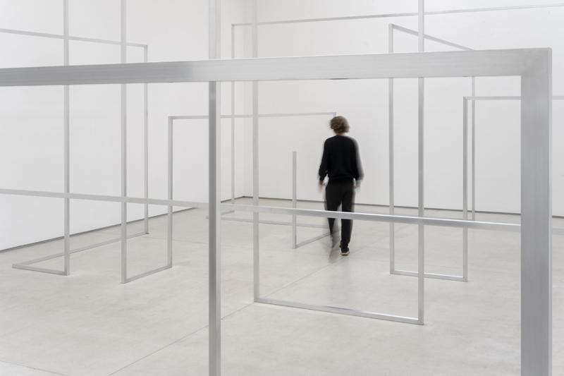 "Antony Gormley, ""RUN II"" (2020). Aluminium square tube 40 x 40 mm. Installation view, Galerie Thaddaeus Ropac, Marais, Paris, France. Photograph by Charles Duprat © the artist"