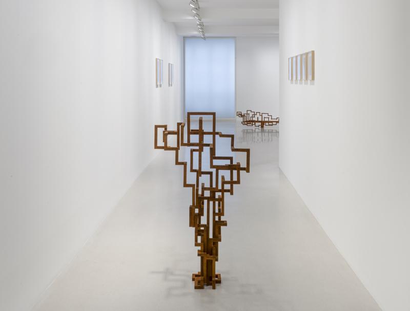 "Antony Gormley, ""IN HABIT"" (2020). Installation view, Galerie Thaddeus Ropac, Marais, Paris, France. Photograph by Charles Duprat © the artist"