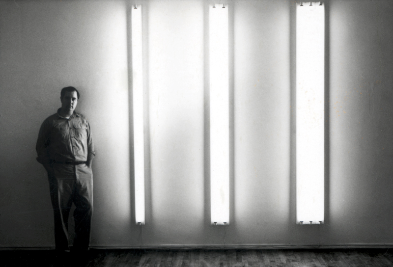 Dan Flavin next to the nominal three (to William of Ockham), 1963, Green Gallery, New York, 1964 © 2019 Stephen Flavin / Artists Rights Society (ARS), New York. Courtesy David Zwirner