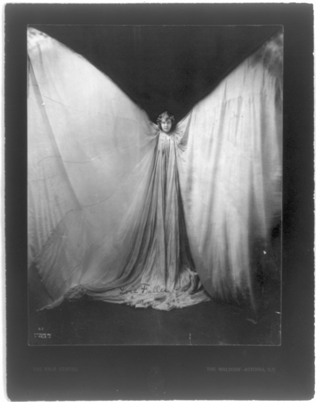 Unknown photographer (attributed to Falk Studio) Loïe Fuller, c. 1901 Courtesy of the Library of Congress, Prints and Photographs Division, Washington, DC