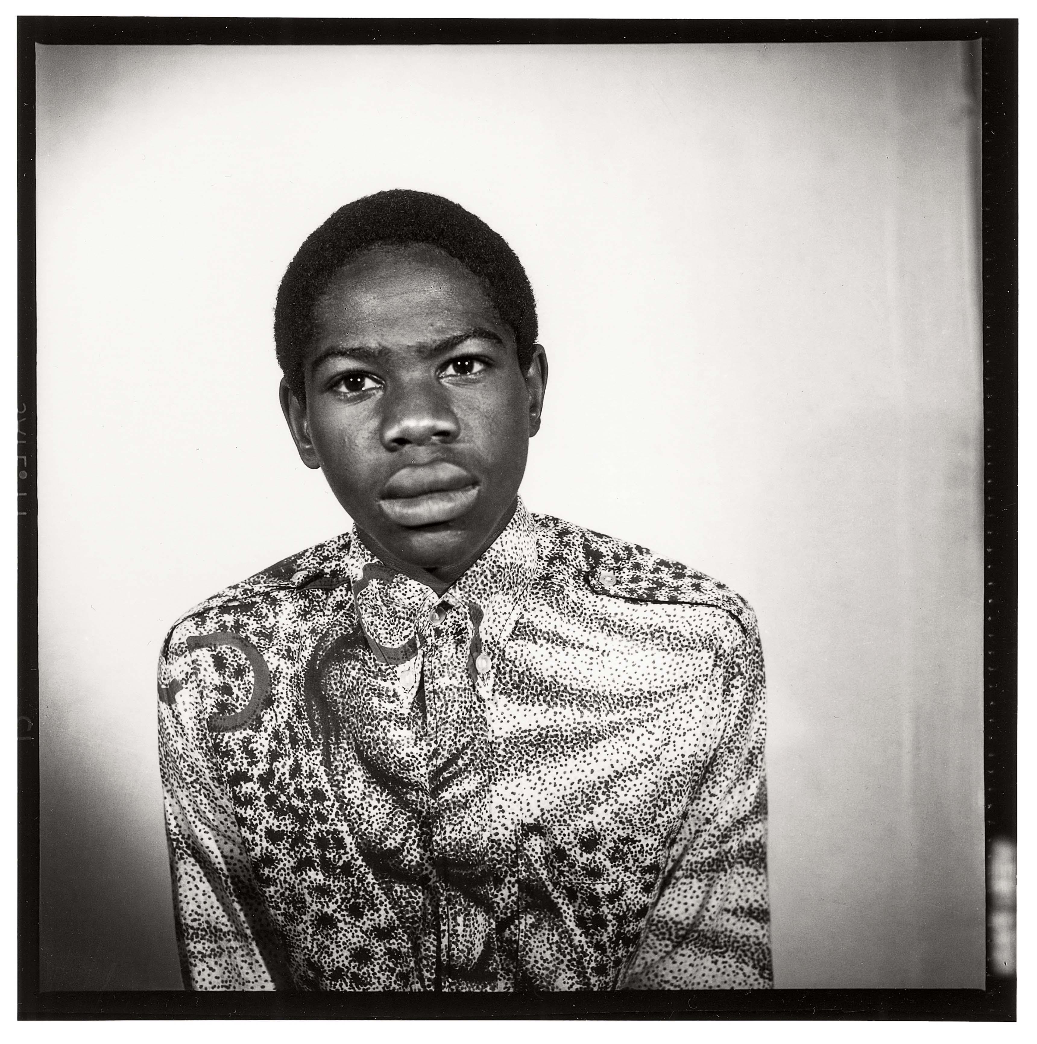 Malick Sidibé, 1968 Tirage gélatino-argentique 120 x 120 cm Courtesy Galerie MAGNIN-A, Paris © Malick Sidibé