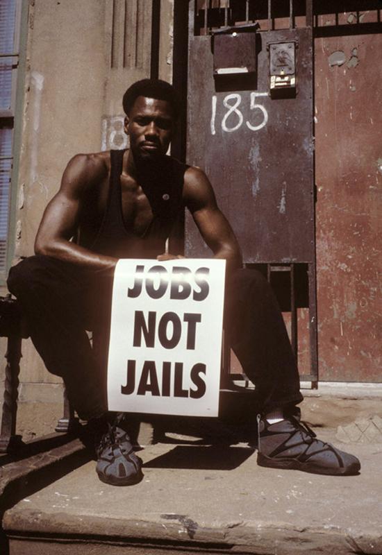 Aujourd'hui il y a presque 3 millions de gens en prison aux États-Unis. On voit qu'encore aujourd'hui il est difficile de trouver un travail quand on est noir ©Martine Barrat