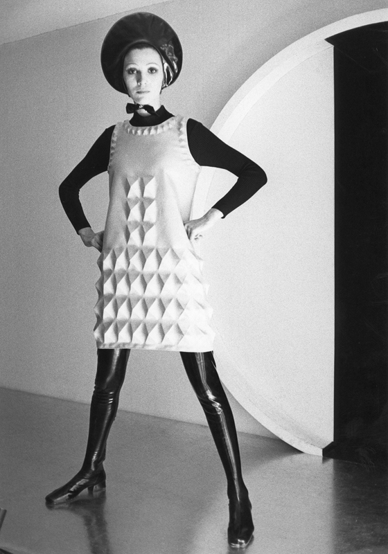 "Pierre Cardin ""Cardine"" dress (1968). Photo: Courtesy of Archives Pierre Cardin. © Archives Pierre Cardin"