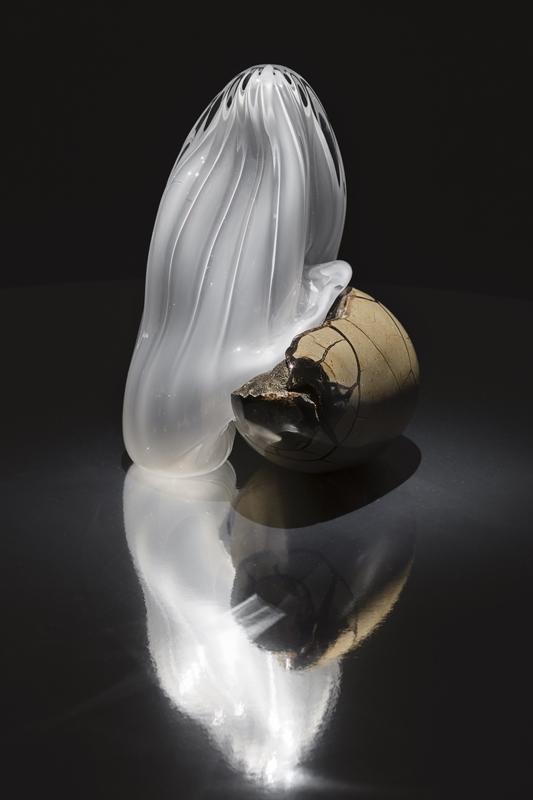 "Rachel Rose, ""First Born"" (2019) pierre et verre. Courtesy of the artist. Photo: Andrea Rossetti."