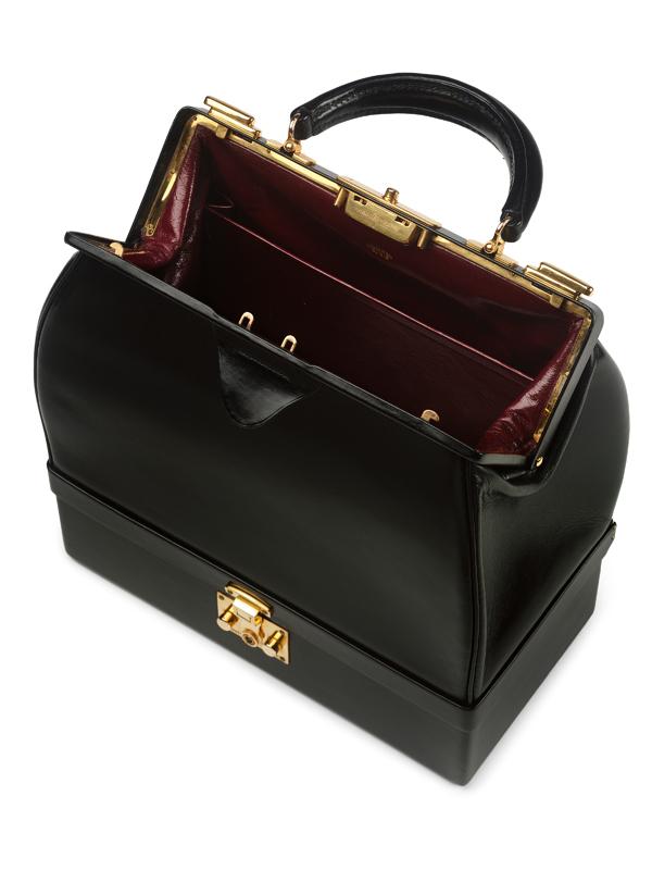 Hermes, 'Sac Mallette' handbag, 1968, Paris (c) Victoria and Albert Museum, London