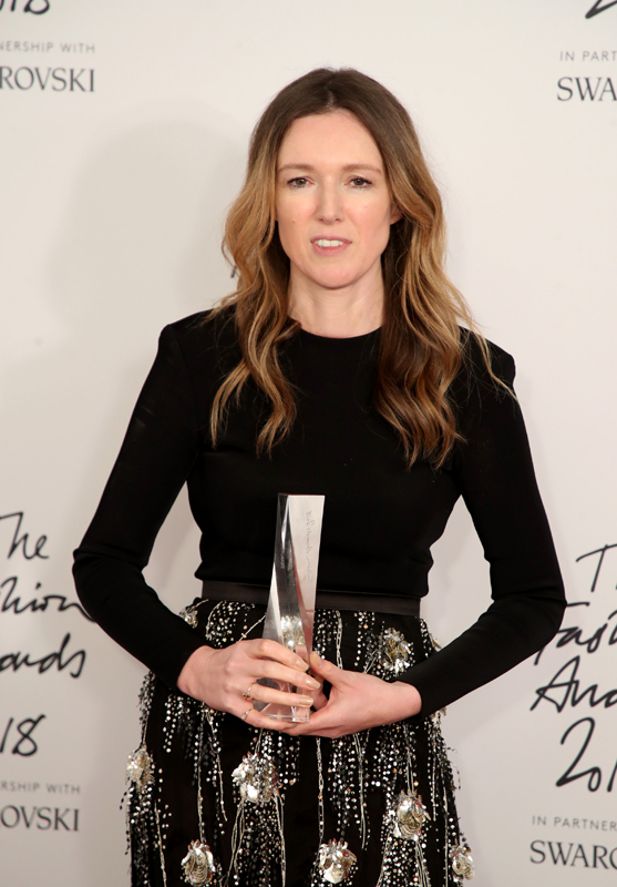Clare Waight Keller, directrice artistique de Givenchy : British Designer of the Year (Womenswear)