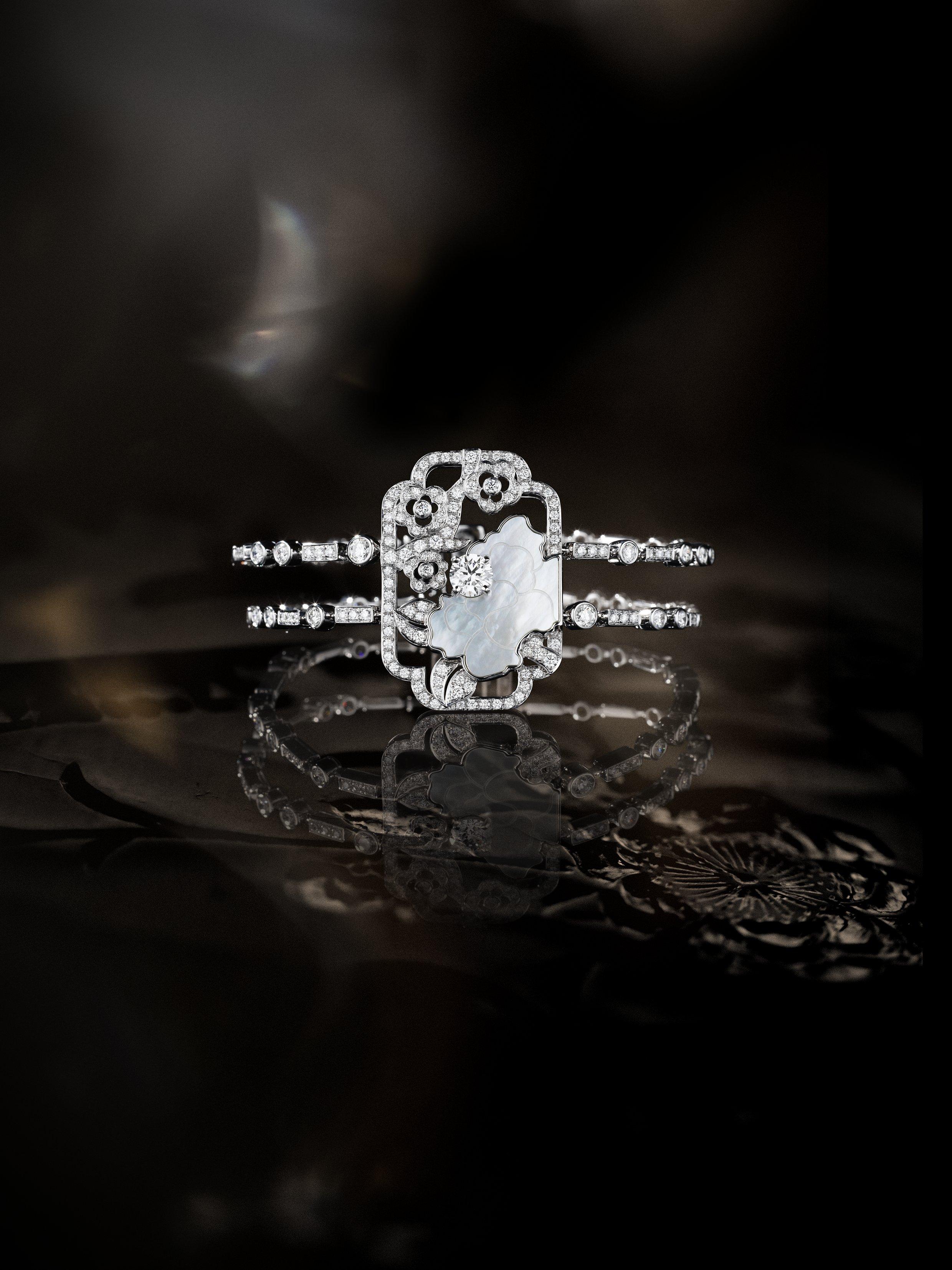 """Chanel Coromandel - """"Fleur de nacre"""""""