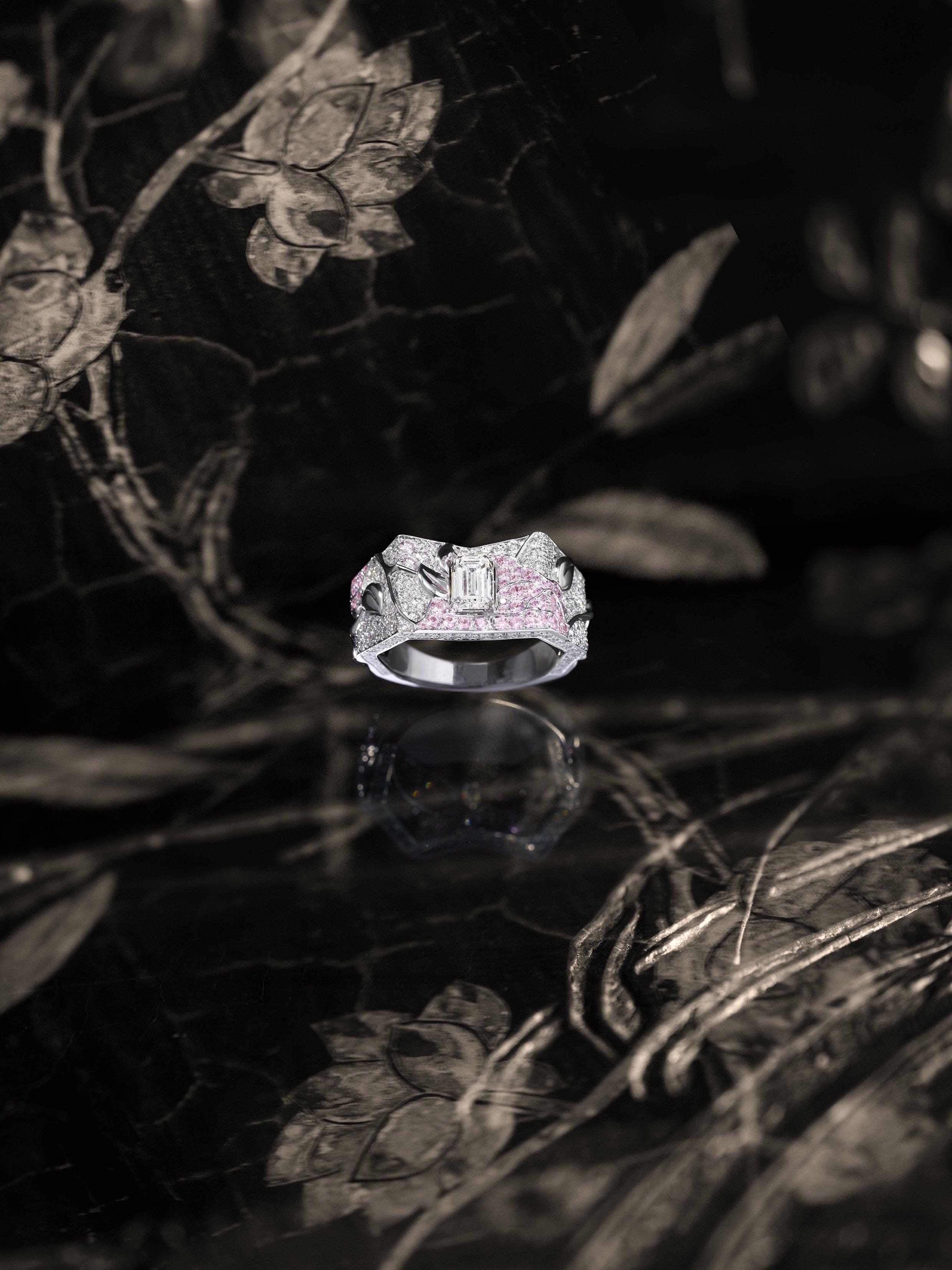 """Chanel Coromandel - """"Fleur secrète"""""""