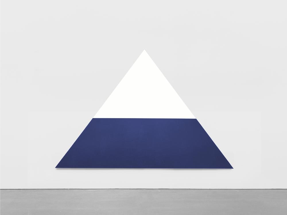 "Ellsworth Kelly ""White Dark Blue"", 1968 Huile sur toile 243,8 x 365,8 cm"