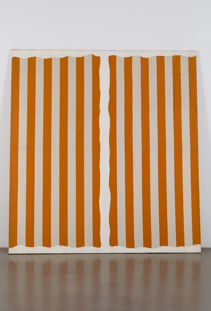 """Daniel Buren """"Peinture aux formes variables"""", [septembre-octobre] 1966 Peinture acrylique sur toile de coton 217 x 200,5 cm"""