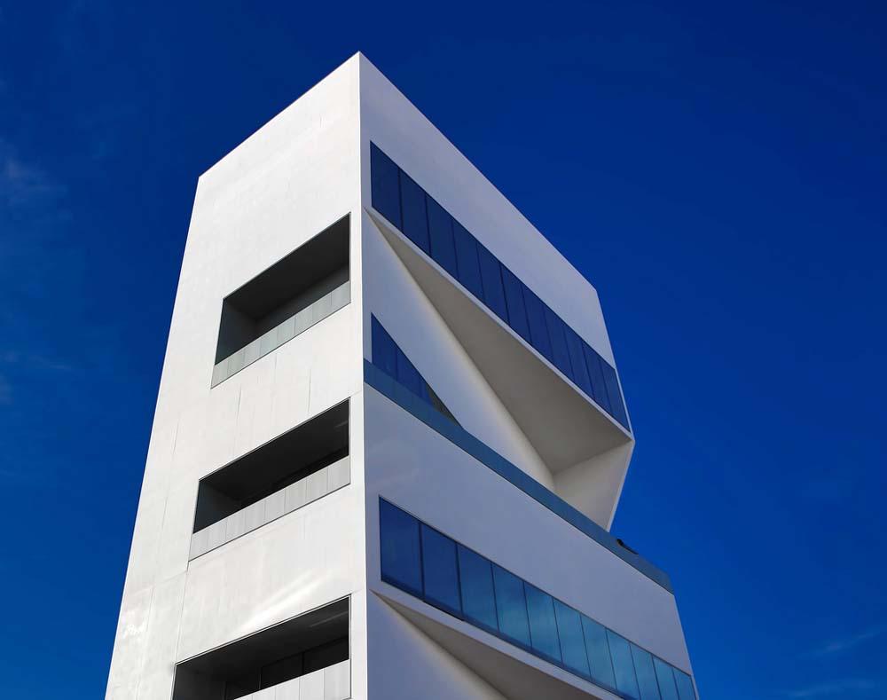 Vue sur la Torre, de la Fondazione Prada de Milan, inaugurée le 18 avril.