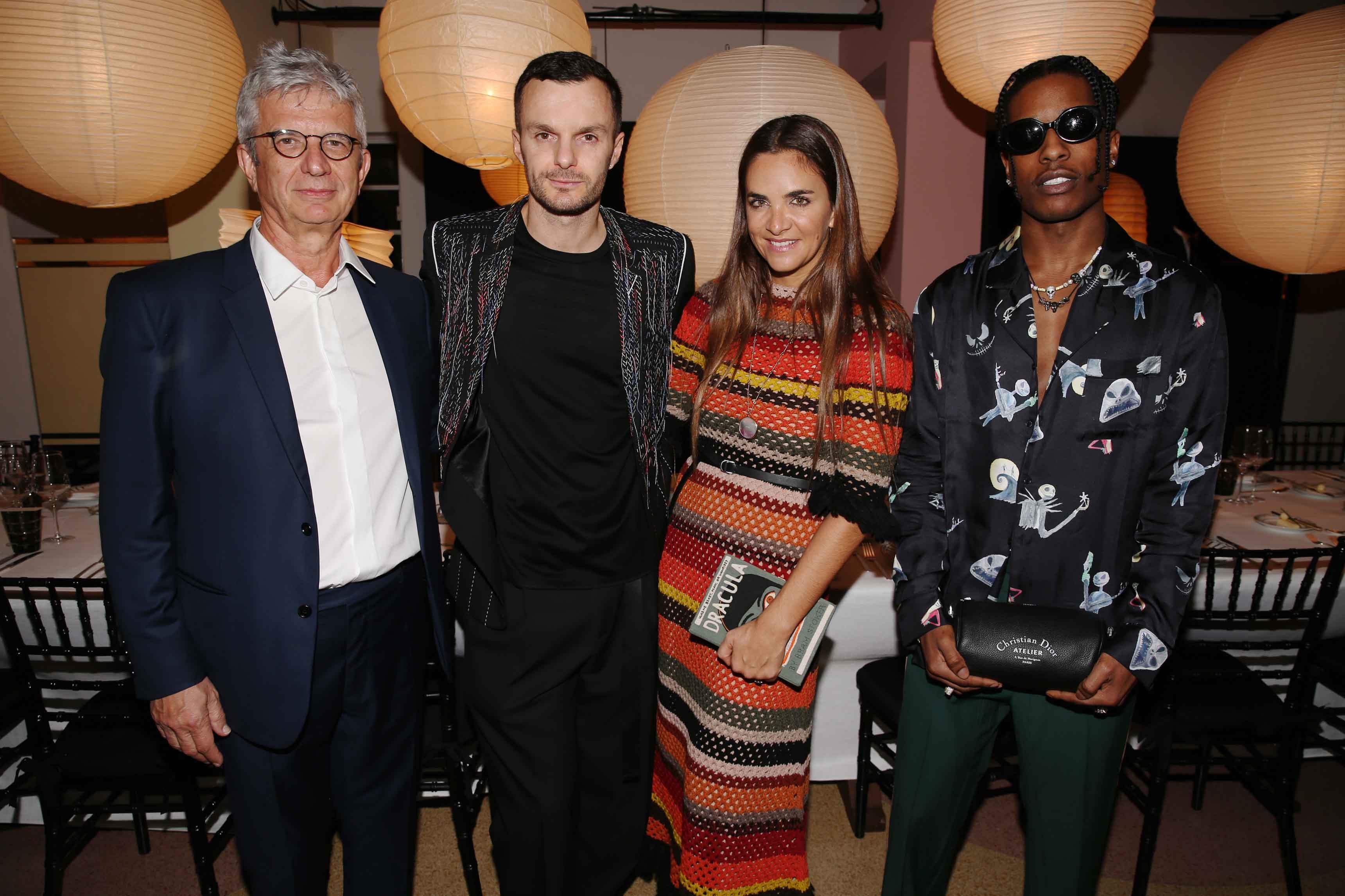 François Laffanour, Kris Van Assche, Laure Heriard Dubreuil et A$AP Rocky (photo par Saskia Lawaks)