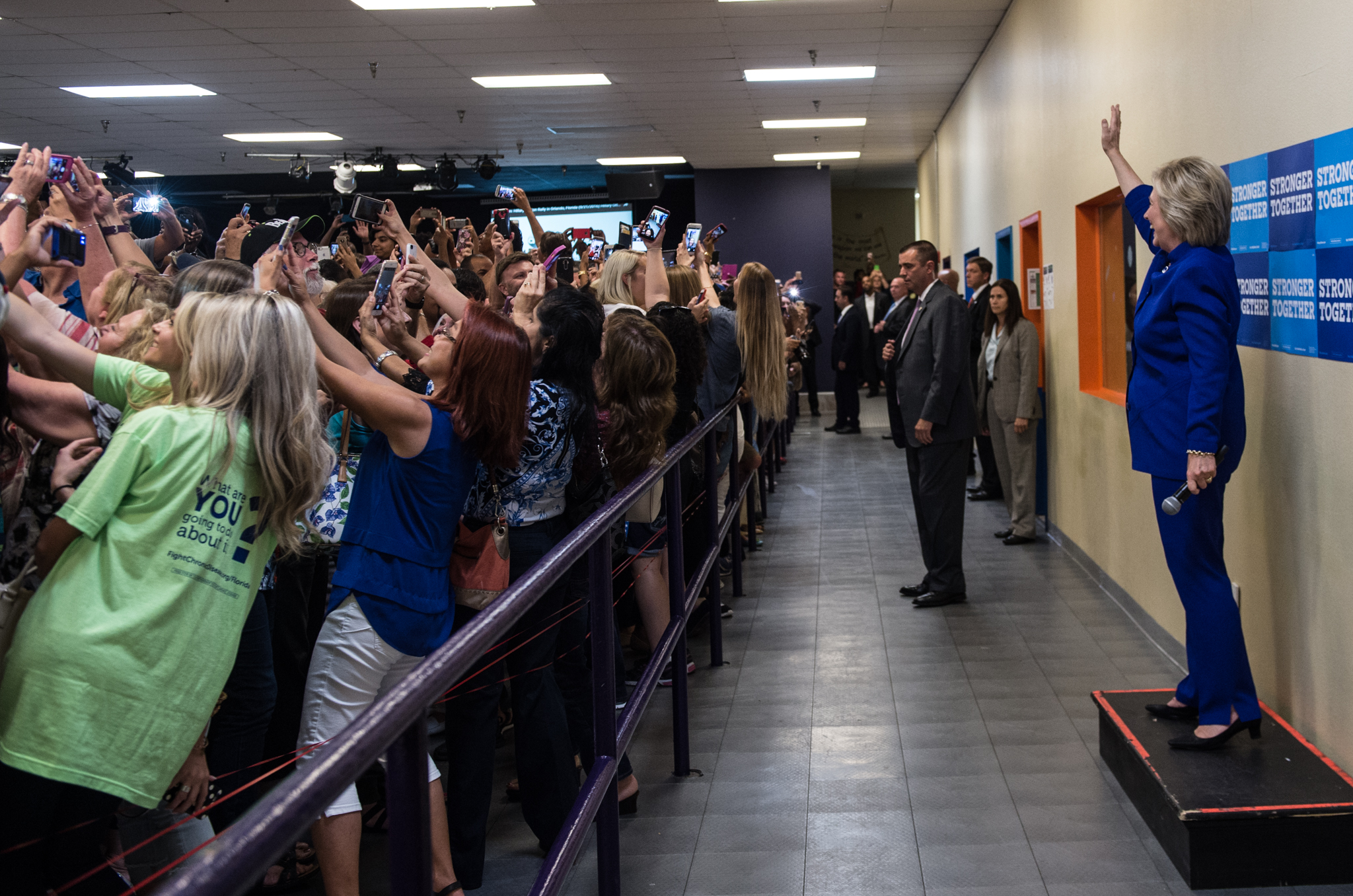 Hillary Clinton Group Selfie © Barbara Kinney/Hillary for America