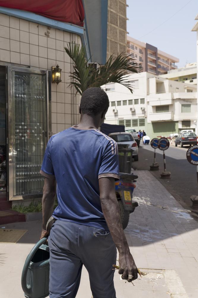 Rue Dr Theze, Dakar, Sénégal, 2017 © Guy Tillim, Courtesy of Stevenson, Cape Town and Johannesburg