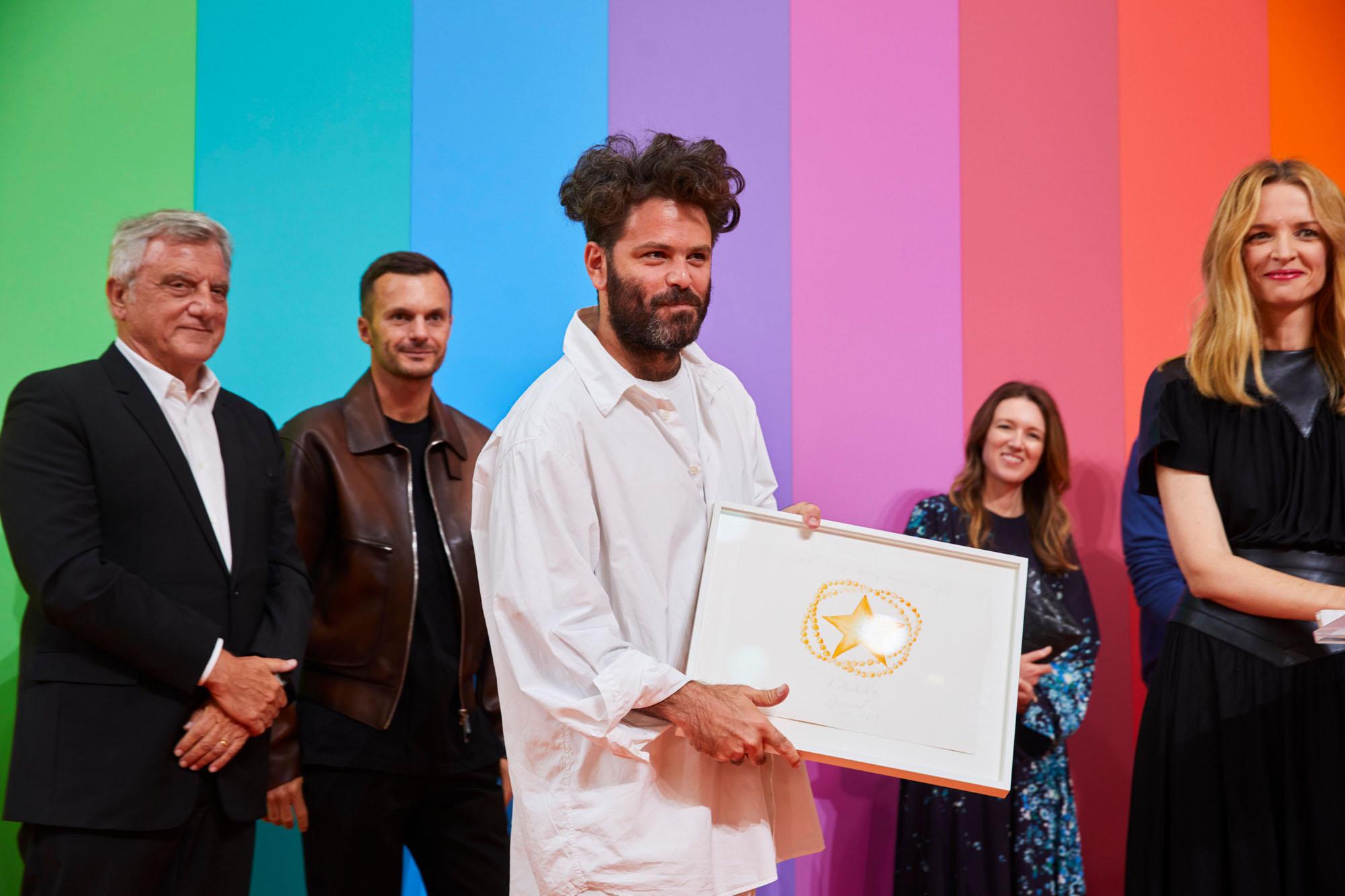 Hed Mayner, lauréat du prix Karl Lagerfeld